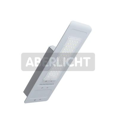 Светильник светодиодный ABERLICHT LDE-39(улица), 39Вт,5000K, 4095Лм,430*155*85mm, 5000К,IP66(0093)Консольные уличные светильники<br>Консольный уличный светодиодный светильник ABERLICHT LDE — 39, это экономичное и энергоэффективное решение по модернизации старого освещения, а также решения спектра новых задач, по освещению придомовых уличных территорий, парковок, стоянок, а территорий предприятий с постоянным видео наблюдением. За счет применения направленной оптики(коллиматорная линза) выполненной из ударопрочного поликабоната, даже такой небольшой мощности светильника хватит для замены традиционных уличных светильников с лампами ДнаТ – 70, ДРЛ – 80, 125.<br><br>Цветовая t, К: 5000<br>Тип лампы: LED - светодиодная<br>Тип цоколя: LED, встроенные светодиоды<br>Ширина, мм: 155<br>Длина, мм: 430<br>Высота, мм: 85<br>MAX мощность ламп, Вт: 39