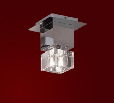Светильник Lussole LSA-1307-01 Grosseto хромПотолочные<br>Светильник LUSSOLE LSA-1307-01 GROSSETO идеально подходит для современного интерьера, в котором источники освещения минимальны и «спрятаны». Строгая и четкая квадратная форма в сочетании с металлом и плафоном из прозрачного кристалла придают конструкции элегантность и стильность. Универсальная конструкция позволяет установить светильник не только на потолке, но и на стене, а также использовать как отдельно, так и в комплекте с другими светильниками из этой серии.<br><br>Установка на натяжной потолок: Ограничено<br>S освещ. до, м2: 3<br>Крепление: Планка<br>Тип лампы: галогенная / LED-светодиодная<br>Тип цоколя: G9<br>Количество ламп: 1<br>Ширина, мм: 160<br>MAX мощность ламп, Вт: 40<br>Длина, мм: 160<br>Высота, мм: 190<br>Оттенок (цвет): кристальный<br>Цвет арматуры: серебристый