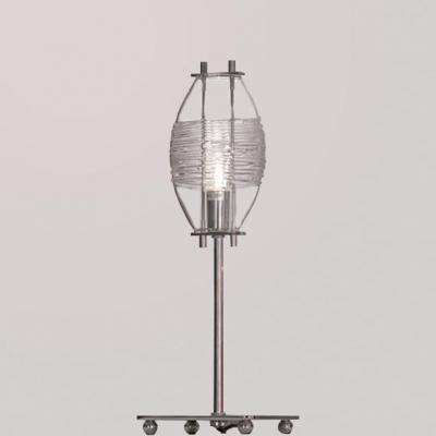 Настольная лампа Lussole LSA-1504-01Современные<br>Настольная лампа – это не просто источник дополнительного освещения, но и оригинальный элемент декора. Его можно установить в спальне, гостиной, кабинете и других комнатах. Интернет-магазин «Светодом» предлагает настольные лампы разных стилей по доступным ценам. Благодаря большому ассортименту Вы обязательно найдете в нашем каталоге именно ту модель, которую искали. <br> Настольная лампа Lussole LSA-1504-01 – прекрасный вариант для завершения интерьера. Ее можно включить одновременно с люстрой для более яркого освещения или без нее для создания уютной атмосферы, настраивающей на отдых. <br> Купить настольную лампу Lussole LSA-1504-01 Вы можете с помощью виртуальной «Корзины» или по контактным номерам, указанным на сайте.<br><br>S освещ. до, м2: 3<br>Тип лампы: галогенная / LED-светодиодная<br>Тип цоколя: G9<br>Количество ламп: 1<br>MAX мощность ламп, Вт: 40<br>Диаметр, мм мм: 120<br>Высота, мм: 350<br>Оттенок (цвет): прозрачный<br>Цвет арматуры: серебристый хром