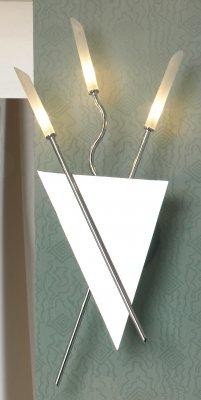 Светильник Lussole LSA-4401-03 Gromo хромХай-тек<br>LSA-4401-03<br><br>S освещ. до, м2: 4<br>Тип лампы: галогенная / LED-светодиодная<br>Тип цоколя: G4<br>Количество ламп: 3<br>Ширина, мм: 240<br>MAX мощность ламп, Вт: 20<br>Расстояние от стены, мм: 80<br>Высота, мм: 560<br>Оттенок (цвет): белый<br>Цвет арматуры: хром