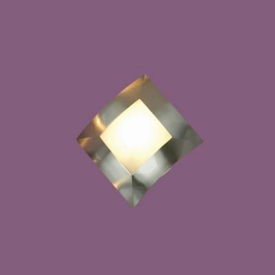 Светильник Lussole LSC-0731-01 Quadri никельМодерн<br>Настенно-потолочные светильники подходят как для установки на стены, так и для установки на потолок. Для установки настенно-потолочные светильники на натяжные потолки необходимо<br><br>S освещ. до, м2: 4<br>Тип товара: Светильник настенный бра<br>Скидка, %: 26<br>Тип лампы: галогенная / LED-светодиодная<br>Тип цоколя: G9<br>Количество ламп: 1<br>Ширина, мм: 160<br>MAX мощность ламп, Вт: 40<br>Длина, мм: 160<br>Расстояние от стены, мм: 50<br>Оттенок (цвет): белый<br>Цвет арматуры: серый
