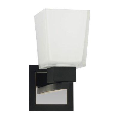 Светильник Lussole LSC-2501-01 Lente хромМодерн<br>Если вы хотите осветить определенную небольшую зону, например, зеркало или картину, то этот настенный светильник будет идеальным для вас решением! Плафон выполнен в матовом белом цвете, поэтому освещение получается мягким и комфортным для зрения. Современная форма и сочетание цветов позволяют поместить светильник как в классический интерьер, так и в минималистичный.<br><br>S освещ. до, м2: 3<br>Тип лампы: накаливания / энергосбережения / LED-светодиодная<br>Тип цоколя: E14<br>Количество ламп: 1<br>Ширина, мм: 10<br>MAX мощность ламп, Вт: 40<br>Длина, мм: 20<br>Расстояние от стены, мм: 15<br>Цвет арматуры: серебристый