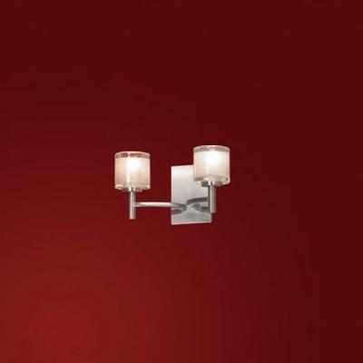 Светильник Lussole LSC-6001-02 Vittorito никельСовременные<br>Настенный светильник Lussole LSC-6001-02 Vittorito воплотил в себе лучшие черты, свойственные стилю «модерн»: оригинальную современную форму и «нейтральные» оттенки, подходящие в любую цветовую гамму комнаты! Два плафона, направленные в разные стороны, создают яркое равномерное освещение пространства площадью до 6 кв.м. Этот светильник станет той самой деталью, которая будет «объединять» общий стиль дизайна и сделает интерьер помещения гармоничным и более выразительным. Рекомендуем Вам приобретать бра в комплекте из нескольких экземпляров и другими осветительными приборами из серии для создания «по-дизайнерски» профессионального облика комнаты.<br><br>S освещ. до, м2: 6<br>Тип лампы: галогенная / LED-светодиодная<br>Тип цоколя: G9<br>Количество ламп: 2<br>Ширина, мм: 240<br>MAX мощность ламп, Вт: 40<br>Расстояние от стены, мм: 130<br>Высота, мм: 130<br>Оттенок (цвет): белый<br>Цвет арматуры: серый