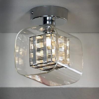Светильник Lussole Lsc-8007-01Потолочные<br>Компания «Светодом» предлагает широкий ассортимент люстр от известных производителей. Представленные в нашем каталоге товары выполнены из современных материалов и обладают отличным качеством. Благодаря широкому ассортименту Вы сможете найти у нас люстру под любой интерьер. Мы предлагаем как классические варианты, так и современные модели, отличающиеся лаконичностью и простотой форм.  Стильная люстра Lussole LSC-8007-01 станет украшением любого дома. Эта модель от известного производителя не оставит равнодушным ценителей красивых и оригинальных предметов интерьера. Люстра Lussole LSC-8007-01 обеспечит равномерное распределение света по всей комнате. При выборе обратите внимание на характеристики, позволяющие приобрести наиболее подходящую модель. Купить понравившуюся люстру по доступной цене Вы можете в интернет-магазине «Светодом».<br><br>Установка на натяжной потолок: Да<br>S освещ. до, м2: 2<br>Крепление: Планка<br>Тип лампы: галогенная / LED-светодиодная<br>Тип цоколя: G9<br>Количество ламп: 1<br>Ширина, мм: 120мм<br>MAX мощность ламп, Вт: 40<br>Длина, мм: 120мм<br>Высота, мм: 160мм<br>Оттенок (цвет): серебристый<br>Цвет арматуры: серебристый