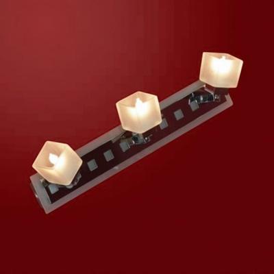 Светильник Lussole LSL-2101-03 Secinaro хромТройные<br>Светильники-споты – это оригинальные изделия с современным дизайном. Они позволяют не ограничивать свою фантазию при выборе освещения для интерьера. Такие модели обеспечивают достаточно качественный свет. Благодаря компактным размерам Вы можете использовать несколько спотов для одного помещения.  Интернет-магазин «Светодом» предлагает необычный светильник-спот Lussole LSL-2101-03 по привлекательной цене. Эта модель станет отличным дополнением к люстре, выполненной в том же стиле. Перед оформлением заказа изучите характеристики изделия.  Купить светильник-спот Lussole LSL-2101-03 в нашем онлайн-магазине Вы можете либо с помощью формы на сайте, либо по указанным выше телефонам. Обратите внимание, что мы предлагаем доставку не только по Москве и Екатеринбургу, но и всем остальным российским городам.<br><br>S освещ. до, м2: 8<br>Тип лампы: галогенная / LED-светодиодная<br>Тип цоколя: G9<br>Количество ламп: 3<br>Ширина, мм: 70<br>MAX мощность ламп, Вт: 40<br>Расстояние от стены, мм: 140<br>Высота, мм: 430<br>Оттенок (цвет): белый<br>Цвет арматуры: серебристый