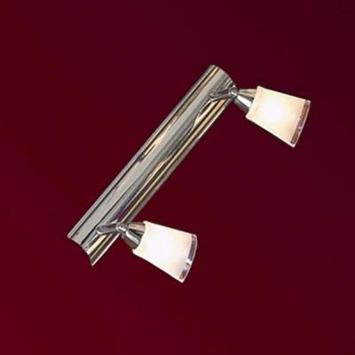 Светильник Lussole LSL-5091-02 Rasen хромДвойные<br>Светильник Lussole LSL-5091-02 Rasen обладает всеми характеристиками, за которые так ценится стиль оформления интерьера «хай-тек»: «минималистичная» конструкция, «металлические» оттенки, современные материалы! Но помимо этого, в нем есть поворотный механизм, благодаря которому Вы можете самостоятельно регулировать направление лучей света обоих плафонов, выделяя, или, наоборот, «затеняя» необходимые участки комнаты. Такой осветительный прибор можно использовать как в единичном экземпляре, так и в комплекте из нескольких. В качестве основного источника света рекомендуем<br><br>S освещ. до, м2: 6<br>Тип лампы: галогенная / LED-светодиодная<br>Тип цоколя: G9<br>Количество ламп: 2<br>Ширина, мм: 60<br>MAX мощность ламп, Вт: 40<br>Расстояние от стены, мм: 90<br>Высота, мм: 300<br>Оттенок (цвет): белый<br>Цвет арматуры: серебристый