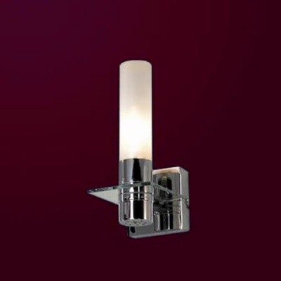 Светильник Lussole LSL-5901-01 Liguria хромСовременные<br>Светильники для ванных комнат отличаются повышенными требованиями электробезопасности<br><br>S освещ. до, м2: 3<br>Тип лампы: накаливания / энергосбережения / LED-светодиодная<br>Тип цоколя: E14<br>Количество ламп: 1<br>Ширина, мм: 100<br>MAX мощность ламп, Вт: 40<br>Расстояние от стены, мм: 130<br>Высота, мм: 230<br>Оттенок (цвет): белый<br>Цвет арматуры: серебристый
