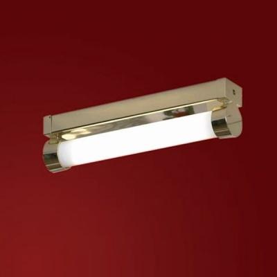 Светильники Lussole LSL-5993-01 Liguria золотоДлинные<br>Настенно потолочный светильник Lussole (Люссоль) LSL-5993-01  подходит как для установки в вертикальном положении - на стены, так и для установки в горизонтальном - на потолок. Для установки настенно потолочных светильников на натяжной потолок необходимо приобрести их заранее, так как установщики потолков должны предусмотреть установочную подставку для них. Для натяжных потолков рекомендуем использовать энергосберегающие лампы, которые также можно приобрести в нашем интернет магазине недорого. Изысканный дизайн каждой позиции предусматривает наличие других типоразмеров из существующей серии, их также можно увидеть и купить в разделе ниже - Рекомендуем посмотреть. Простота и функциональность настенно потолочных светильников повышает их известность и востребованность на рынке, ведь Вы сможете установить в светильник Lussole (Люссоль) LSL-5993-01  энергосберегающую или светодиодную лампу и получите полноценный энергосберегающий светильник, который не греется и экономит Вашу электроэнергию.<br><br>S освещ. до, м2: 2<br>Тип лампы: люминесцентная<br>Тип цоколя: 2G11<br>Количество ламп: 1<br>Ширина, мм: 80<br>MAX мощность ламп, Вт: 36<br>Длина, мм: 500<br>Высота, мм: 120<br>Оттенок (цвет): белый<br>Цвет арматуры: золото