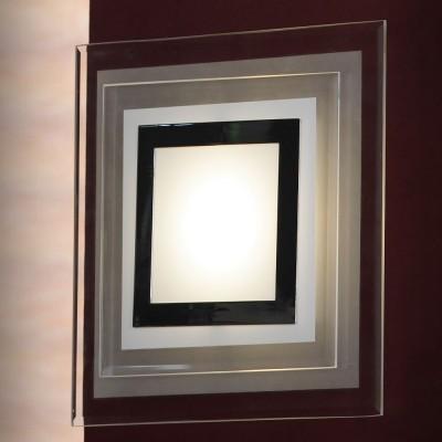 Светильник Lussole LSN-0781-01Квадратные<br>Настенный светильник Lussole LSN-0781-01 предназначен для ценителей современных стилей оформления интерьера. «Геометрическая» квадратная форма эффектно подчеркнута оригинальным рисунком плафона, «наполненным» черным, белым и серым оттенками, что в совокупности рождает неповторимый и запоминающийся образ, которым всегда будут восхищаться Ваши гости! Рекомендуем Вам использовать настенный бра в комплекте из нескольких экземпляров, и в качестве основной цветовой гаммы комнаты выбрать похожие тона, чтобы пространство выглядело «цельным» и уютным.<br><br>S освещ. до, м2: 2<br>Тип лампы: LED - светодиодная<br>Тип цоколя: LED<br>Количество ламп: 1<br>Ширина, мм: 250<br>MAX мощность ламп, Вт: 5<br>Длина, мм: 250<br>Расстояние от стены, мм: 60
