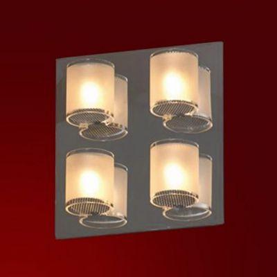 Светильник Lussole LSQ-3401-04 Cappello хромКвадратные<br>Настенно потолочный светильник Lussole (Люссоль) LSQ-3401-04 подходит как для установки в вертикальном положении - на стены, так и для установки в горизонтальном - на потолок. Для установки настенно потолочных светильников на натяжной потолок необходимо использовать светодиодные лампы LED, которые экономнее ламп Ильича (накаливания) в 10 раз, выделяют мало тепла и не дадут расплавиться Вашему потолку.<br><br>S освещ. до, м2: 11<br>Тип лампы: галогенная / LED-светодиодная<br>Тип цоколя: G9<br>Количество ламп: 4<br>Ширина, мм: 80<br>MAX мощность ламп, Вт: 40<br>Расстояние от стены, мм: 90<br>Высота, мм: 420<br>Оттенок (цвет): белый<br>Цвет арматуры: серебристый