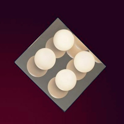 Светильник настенно-потолочный Lussole LSQ-8901-04 MALTAквадратные светильники<br>Настенно потолочный светильник Lussole (Люссоль) LSQ-8901-04 подходит как для установки в вертикальном положении - на стены, так и для установки в горизонтальном - на потолок. Для установки настенно потолочных светильников на натяжной потолок необходимо использовать светодиодные лампы LED, которые экономнее ламп Ильича (накаливания) в 10 раз, выделяют мало тепла и не дадут расплавиться Вашему потолку.<br><br>S освещ. до, м2: 11<br>Тип лампы: галогенная / LED-светодиодная<br>Тип цоколя: G9<br>Цвет арматуры: серебристый<br>Количество ламп: 4<br>Ширина, мм: 260<br>Длина, мм: 260<br>Высота, мм: 120<br>Оттенок (цвет): белый<br>MAX мощность ламп, Вт: 40