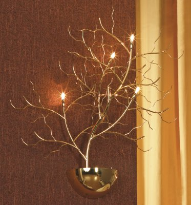 Светильник Lussole LSQ-9011-04 Autunnale золотоФлористика<br>В интернет-магазине «Светодом» представлен широкий выбор настенных бра по привлекательной цене. Это качественные товары от популярных мировых производителей. Благодаря большому ассортименту Вы обязательно подберете под свой интерьер наиболее подходящий вариант.  Оригинальное настенное бра Lussole LSQ-9011-04 можно использовать для освещения не только гостиной, но и прихожей или спальни. Модель выполнена из современных материалов, поэтому прослужит на протяжении долгого времени. Обратите внимание на технические характеристики, чтобы сделать правильный выбор.  Чтобы купить настенное бра Lussole LSQ-9011-04 в нашем интернет-магазине, воспользуйтесь «Корзиной» или позвоните менеджерам компании «Светодом» по указанным на сайте номерам. Мы доставляем заказы по Москве, Екатеринбургу и другим российским городам.<br><br>S освещ. до, м2: 6<br>Тип лампы: галогенная / LED-светодиодная<br>Тип цоколя: G4<br>Количество ламп: 4<br>Ширина, мм: 600<br>MAX мощность ламп, Вт: 20<br>Расстояние от стены, мм: 100<br>Высота, мм: 630<br>Цвет арматуры: золотой