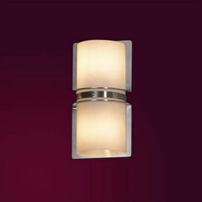 Светильник настенный бра Lussole LSQ-9902-02 BISSUOLAСовременные<br>Настенно-потолочные светильники подходят как для установки на стены, так и для установки на потолок. Для установки настенно-потолочные светильники на натяжные потолки необходимо<br><br>S освещ. до, м2: 6<br>Тип лампы: галогенная / LED-светодиодная<br>Тип цоколя: G9<br>Цвет арматуры: серый<br>Количество ламп: 2<br>Ширина, мм: 130<br>Расстояние от стены, мм: 100<br>Высота, мм: 230<br>Оттенок (цвет): белый<br>MAX мощность ламп, Вт: 40