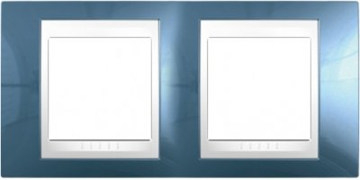 Рамка 2-ая гориз MGU6.004.854 голубой лед/белыйUnica Хамелеон<br>Технические характеристикиЦвет: Голубой лед/белый.Посты: 2.Модульность: 4.Размер: 80 х 161 мм.Степень защиты: IP40.Дополнительная информация:Материал - пластик. Горизонтальная установка.<br><br>Оттенок (цвет): голубой