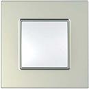 Рамка 1 пост титан Unica Quadro (Schneider Electric) MGU6.702.57Pамки Quadro<br>Технические характеристикиЦвет: Титан.Посты: 1.Модульность: 2.Размер: 87 х 87 мм.Степень защиты: IP40.Дополнительная информация:Материал - ASA + PC.<br><br>Оттенок (цвет): серебристый