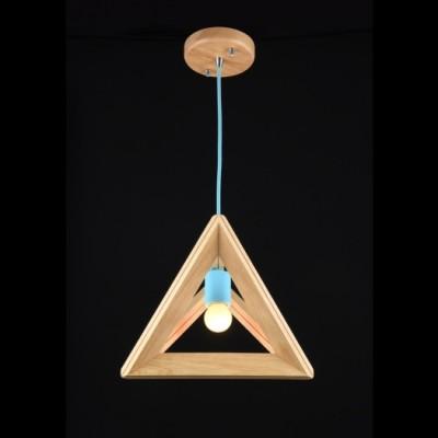 Подвесной светильник Maytoni MOD110-01-BL PyramideОдиночные<br><br><br>Тип товара: Подвесной светильник<br>Тип цоколя: E27<br>Количество ламп: 1<br>Ширина, мм: 300<br>MAX мощность ламп, Вт: 60<br>Глубина, мм: 240<br>Высота, мм: 240