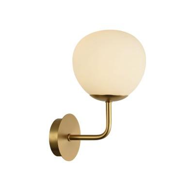 Бра Maytoni MOD221-WL-01-G Erichсовременные бра модерн<br><br><br>Тип лампы: Накаливания / энергосбережения / светодиодная<br>Тип цоколя: E14<br>Цвет арматуры: Кремовый золотой<br>Количество ламп: 1<br>Ширина, мм: 150<br>Глубина, мм: 190<br>Высота, мм: 270<br>MAX мощность ламп, Вт: 40