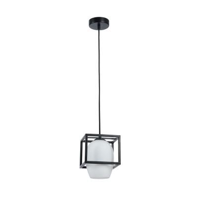 Люстра  Maytoni MOD252-PL-01-B Cabinодиночные подвесные светильники<br><br><br>Тип лампы: Накаливания / энергосбережения / светодиодная<br>Тип цоколя: E14<br>Цвет арматуры: Черный<br>Количество ламп: 1<br>Ширина, мм: 160<br>Высота полная, мм: 1190<br>Глубина, мм: 160<br>Высота, мм: 190<br>MAX мощность ламп, Вт: 40