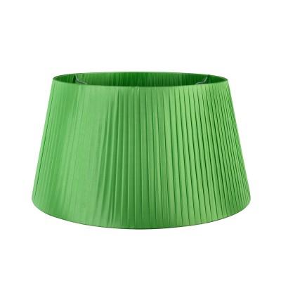 Абажур для торшера  Maytoni MOD974-FLShade-Green TorontoАбажуры<br>Абажур    MOD974-FLShade-Green  от немецкого производителя Maytoni  универсальное изделие, которое органично впишется как в классические, так и в современные интерьеры, будет одинаково хорошо смотреться в гостиной, спальне, детской или кабинете. Плафон из  перфорированной  плотной  ткани  изготовлен на высоком уровне. Подберите себе абажур по размеру  и расцветки.  Вы можете купить качественный сменный аксессуар  за приемлемую стоимость .<br> Для покупки устройства просто нажмите кнопку «добавить в корзину» или свяжитесь с нашими менеджерами.<br><br>Цвет арматуры: Зеленый<br>Диаметр, мм мм: 500/390<br>Высота, мм: 270