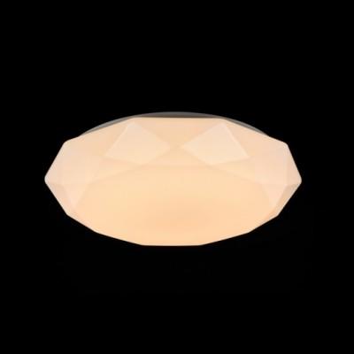 Светильник Maytoni MOD999-44-W CrystallizeКруглые<br>Настенно-потолочные светильники – это универсальные осветительные варианты, которые подходят для вертикального и горизонтального монтажа. В интернет-магазине «Светодом» Вы можете приобрести подобные модели по выгодной стоимости. В нашем каталоге представлены как бюджетные варианты, так и эксклюзивные изделия от производителей, которые уже давно заслужили доверие дизайнеров и простых покупателей.  Настенно-потолочный светильник Maytoni MOD999-44-W станет прекрасным дополнением к основному освещению. Благодаря качественному исполнению и применению современных технологий при производстве эта модель будет радовать Вас своим привлекательным внешним видом долгое время.  Приобрести настенно-потолочный светильник Maytoni MOD999-44-W можно, находясь в любой точке России.<br><br>S освещ. до, м2: 16<br>Тип цоколя: LED<br>Количество ламп: 198<br>Диаметр, мм мм: 520<br>Высота, мм: 115<br>MAX мощность ламп, Вт: 40