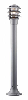 Уличный фонарь MarkSlojd 100357 LINNEAУличные светильники-столбы<br>Обеспечение качественного уличного освещения – важная задача для владельцев коттеджей. Компания «Светодом» предлагает современные светильники, которые порадуют Вас отличным исполнением. В нашем каталоге представлена продукция известных производителей, пользующихся популярностью благодаря высокому качеству выпускаемых товаров.   Уличный светильник MarkSlojd 100357 не просто обеспечит качественное освещение, но и станет украшением Вашего участка. Модель выполнена из современных материалов и имеет влагозащитный корпус, благодаря которому ей не страшны осадки.   Купить уличный светильник MarkSlojd 100357, представленный в нашем каталоге, можно с помощью онлайн-формы для заказа. Чтобы задать имеющиеся вопросы, звоните нам по указанным телефонам.<br><br>Тип лампы: накаливания / энергосбережения / LED-светодиодная<br>Тип цоколя: E27<br>Цвет арматуры: серебристый<br>Количество ламп: 1<br>Ширина, мм: 290<br>Высота, мм: 1000<br>MAX мощность ламп, Вт: 60