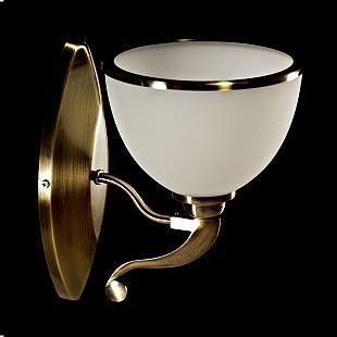 Светильник настенный бра Brizzi Mattia MA 02401W/001 BrМодерн<br><br><br>S освещ. до, м2: 2<br>Тип лампы: накал-я - энергосбер-я<br>Тип цоколя: E27<br>Количество ламп: 1<br>Ширина, мм: 170<br>MAX мощность ламп, Вт: 40<br>Размеры: W 170 H 220<br>Высота, мм: 220