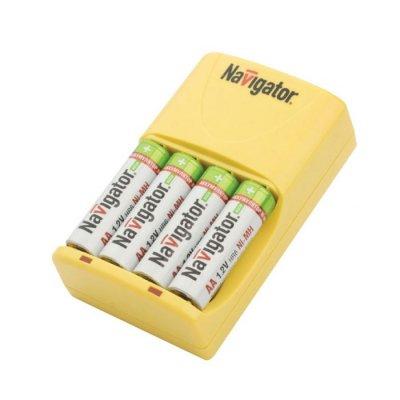 Зарядное устройство Navigator 94 471 NCH-415зарядные устройства для батареек<br>Возможность заряда 2 или 4 AA/AAA Ni-MH /Ni-Cd аккумуляторов  Автоматическая установка зарядного тока для АА или ААА типоразмеров аккумуляторов  Защита от обратной полярности  Светодиодная индикация заряда  Компактный размер и небольшой вес<br><br>Ширина, мм: 65<br>Длина, мм: 70<br>Высота, мм: 105