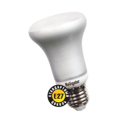 Лампа энергосберегающая Navigator 94 070 NCL-R63-11-830-E27В виде шарика<br>Navigator NCL-R – компактная люминесцентная энергосберегающая лампа акцентного освещения. Рефлекторы NCL-R повторяют форму и размеры стандартных рефлекторных ламп накаливания R50 и R63 и идеально подходят к любому светильнику, в котором используются данные типы ламп. Матовая поверхность колбы рефлектора обеспечивает равномерную освещенность и защищает глаза от слепящего света. Лампа NCL-R50 поставляется только с цоколем E14, а NCL-R63 только с цоколем E27. Цветовая температура света рефлекторных ламп NCL-R – 3000 К. Люминесцентные трубки ламп Navigator NCL-R изготовлены с использованием «амальгамной технологии». Использование трубок такого типа необходимо в компактных люминесцентных лампах с декоративной колбой типа «рефлектор», «шар», «свеча» и другими. «Амальгамная технология» позволяет получить меньшую температурную зависимость светового потока таких ламп, большие абсолютные значения светового потока, а также несколько увеличить срок службы ламп с декоративной колбой. Лампам, изготовленным по «амальгамной технологии», нужно больше времени для выхода на рабочий режим, чем обычным компактным люминесцентным лампам с «плавным стартом». Срок службы составляет 10000 часов.<br><br>Цветовая t, К: WW - теплый белый 2700-3000 К<br>Тип лампы: Энергосберегающая<br>Тип цоколя: E27<br>MAX мощность ламп, Вт: 11<br>Диаметр, мм мм: 36/63<br>Высота, мм: 105