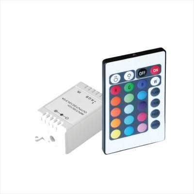 Контроллер Navigator 71 476 ND-CRGB72IR-IP20-12VКонтроллеры<br>Драйверы Navigator ND-CRGB — контроллеры для создания статических и динамических сцен при применении многоцветных светодиодных модулей (СД ленты RGB). Контроллеры ND-CRGB позволяют получить до 16 статических и 14 динамических световых сцен. Так же с помощью данных контроллеров возможно управлять интенсивностью света RGB модулей. Метод подключения контроллеров к светодиодной ленте — общий анод, управление осуществляется по общему положительному каналу и трем каналам с «-« полярностью R,G,B. Драйверы ND-CRGB оснащены проводами для подключения кабеля питания и нагрузки.<br><br> Контроллеры ND-CRGB работают при постоянном входном напряжении 12 В. Управление контроллерами осуществляется с помощью пульта дистанционного управления по инфракрасному каналу. Срок службы контроллеров составляет более 50 000 часов.<br><br>Ширина, мм: 35<br>Длина, мм: 63<br>Высота, мм: 22<br>MAX мощность ламп, Вт: 72