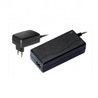Драйвер для ленты 36Вт Navigator 71 464 ND-E36-IP20-12VБлоки питания<br>Драйверы Navigator ND-E – источники постоянного напряжения 12 В с вилкой и кабелем с выключателем и разъемом джек 5.5 мм. Адаптеры сконструированы с учетом удобства использования и позволяют быстро подключать светодиодную ленту без пайки. Адаптеры работают в широком диапазоне входного напряжения 100 – 240 В и при этом обеспечивают коэффициент мощности до 0.85. Адаптеры Navigator ND-E обеспечивают длительную и стабильную работу источников света на основе светодиодов и оснащены защитой от короткого замыкания и от перегрузки. Срок службы адаптеров составляет более 30 000 часов. Драйверы серии ND-E производятся в интерьерном исполнениии IP20.<br><br>Ширина, мм: 46<br>Длина, мм: 96<br>Высота, мм: 70<br>MAX мощность ламп, Вт: 36