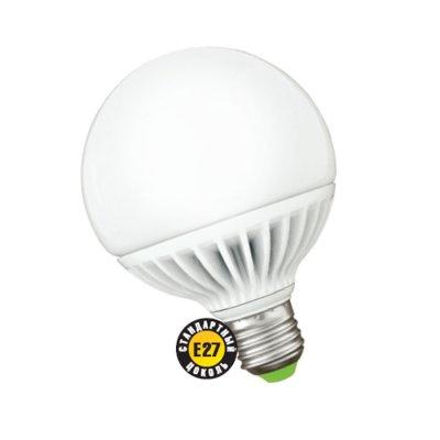 Светодиодная лампа Led Navigator 94 147 NLL-G95-12W-230-2.7K-E27В виде шарика<br>Navigator NLL-G – светодиодная энергосберегающая лампа общего освещения. Колба лампы шарообразная, матовая. Лампа NLL-G повторяет форму и размеры стандартных КЛЛ и ламп накаливания типа «шарик» и идеально подходит к любому светильнику, в котором используются данные типы ламп. В светодиодных лампах серии NLL-G95 применяются высокоэффективные планарные светодиоды Osram, обеспечивающие эффективность 85 лм/ Вт. При этом коэффициент цветопередачи ламп обеспечивается на уровне Ragt 82.Ассортимент светодиодных лампсерии NLL-G представлен цветовой температурой излучаемого света – 2700 K. Применение цилиндрического радиатора с увеличенной площадью рассеивания способствует снижению температуры внутри лампы и, как следствие, увеличению срока службы лампы. Срок службысветодиодных лампNavigator NLL-G95 составляет 40 000 часов.<br><br>Цветовая t, К: WW - теплый белый 2700-3000 К<br>Тип лампы: LED - светодиодная<br>Тип цоколя: E27<br>Цвет арматуры: алюминиевый радиатор<br>Диаметр, мм мм: 95<br>Длина, мм: 125<br>MAX мощность ламп, Вт: 12