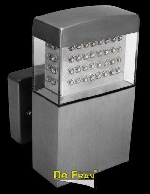 Светильник OL-128UP LEDНастенные<br>Обеспечение качественного уличного освещения – важная задача для владельцев коттеджей. Компания «Светодом» предлагает современные светильники, которые порадуют Вас отличным исполнением. В нашем каталоге представлена продукция известных производителей, пользующихся популярностью благодаря высокому качеству выпускаемых товаров.   Уличный светильник Degran OL-128UP LED не просто обеспечит качественное освещение, но и станет украшением Вашего участка. Модель выполнена из современных материалов и имеет влагозащитный корпус, благодаря которому ей не страшны осадки.   Купить уличный светильник Degran OL-128UP LED, представленный в нашем каталоге, можно с помощью онлайн-формы для заказа. Чтобы задать имеющиеся вопросы, звоните нам по указанным телефонам.<br><br>Тип лампы: LED - светодиодная<br>Количество ламп: 80<br>Ширина, мм: 105<br>Длина, мм: 95<br>Высота, мм: 162