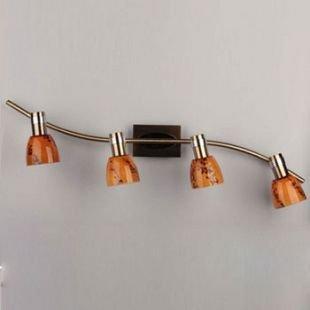 Omnilux Volha OML-22001-04 Светильник поворотный спотС 4 лампами<br>Светильники-споты – это оригинальные изделия с современным дизайном. Они позволяют не ограничивать свою фантазию при выборе освещения для интерьера. Такие модели обеспечивают достаточно качественный свет. Благодаря компактным размерам Вы можете использовать несколько спотов для одного помещения.  Интернет-магазин «Светодом» предлагает необычный светильник-спот Omnilux OML-22001-04 по привлекательной цене. Эта модель станет отличным дополнением к люстре, выполненной в том же стиле. Перед оформлением заказа изучите характеристики изделия.  Купить светильник-спот Omnilux OML-22001-04 в нашем онлайн-магазине Вы можете либо с помощью формы на сайте, либо по указанным выше телефонам. Обратите внимание, что у нас склады не только в Москве и Екатеринбурге, но и других городах России.<br><br>S освещ. до, м2: 8<br>Тип лампы: накал-я - энергосбер-я<br>Тип цоколя: E14<br>Цвет арматуры: бронзовый<br>Количество ламп: 4<br>Ширина, мм: 750<br>Размеры: H 160 W 750 Выступ 150<br>Выступ, мм: 150<br>Высота, мм: 160<br>Оттенок (цвет): Оранжевый<br>MAX мощность ламп, Вт: 40