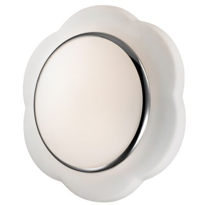 Светильник Odeon light 2403/3Cкруглые светильники<br>Настенно-потолочные светильники – это универсальные осветительные варианты, которые подходят для вертикального и горизонтального монтажа. В интернет-магазине «Светодом» Вы можете приобрести подобные модели по выгодной стоимости. В нашем каталоге представлены как бюджетные варианты, так и эксклюзивные изделия от производителей, которые уже давно заслужили доверие дизайнеров и простых покупателей.  Настенно-потолочный светильник Odeon light 2403/3C станет прекрасным дополнением к основному освещению. Благодаря качественному исполнению и применению современных технологий при производстве эта модель будет радовать Вас своим привлекательным внешним видом долгое время. Приобрести настенно-потолочный светильник Odeon light 2403/3C можно, находясь в любой точке России.<br><br>S освещ. до, м2: 8<br>Крепление: настенное<br>Тип лампы: накаливания / энергосбережения / LED-светодиодная<br>Тип цоколя: E27<br>Цвет арматуры: белый<br>Количество ламп: 3<br>Диаметр, мм мм: 380<br>Высота, мм: 120<br>Оттенок (цвет): белый<br>MAX мощность ламп, Вт: 40