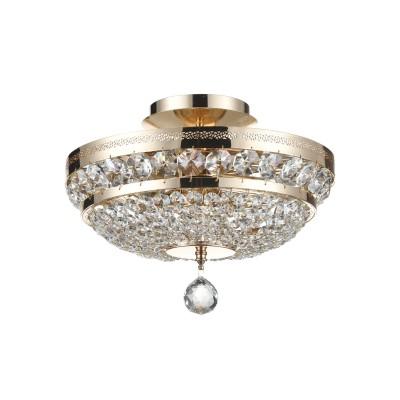 Люстра Maytoni P700-PT35-G Diamant 4Потолочные<br>Данная хрустальная потолочная люстра от Maytoni, как можно увидеть на фото, выполнена из хрустальных подвесок. Арматура хрустальной потолочной люстры Maytoni Diamant Crystal P700-PT35-G изготовлена из металла и имеет аристократичный золотой цвет. Прочная, крепкая и долговечная, да еще и за такую стоимость, эта люстра претворит ваши мечты о шикарном светильнике в реальность. Компания Майтони сделала дизайн этой люстры классическим и утонченным. Такая люстра подойдет к любому интерьеру, но лучше её использовать в сочетании с предметами интерьера в стиле барокко. Наш интернет-магазин дает вам возможность купить эту дивную потолочную люстру по абсолютно невысокой цене. Мы предоставим вам доставку люстры в любую точку России.<br><br>Установка на натяжной потолок: Да<br>S освещ. до, м2: 12<br>Крепление: Планка<br>Тип лампы: накаливания / энергосбережения / LED-светодиодная<br>Тип цоколя: E14<br>Цвет арматуры: золотой<br>Количество ламп: 3<br>Диаметр, мм мм: 320<br>Высота, мм: 235<br>MAX мощность ламп, Вт: 60