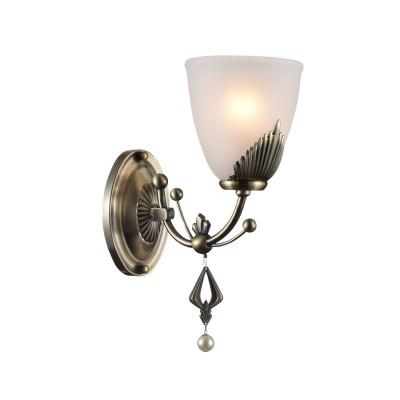 Светильник бра Maytoni RC146-WL-01-R BasilКлассические<br><br><br>Тип лампы: Накаливания / энергосбережения / светодиодная<br>Тип цоколя: E14<br>Цвет арматуры: античный бронзовый<br>Количество ламп: 1<br>Ширина, мм: 240<br>Диаметр, мм мм: 130<br>Оттенок (цвет): античный бронзовый<br>MAX мощность ламп, Вт: 60