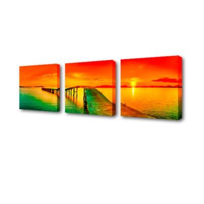 Модульная картина Закат на воде S-4109H ToppostersМодульные картины<br>Изображение состоит из трех частей 50x50, 50x50 и 50х50, общий размер 150х50 см. Состав: Холст, подрамник из МДФ. Упаковка: защитные уголки и термоусадочная пленка, размер 51х51х7 см.<br>