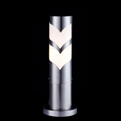 Светильник Maytoni S710-37-31-NФонари на столб<br>Обеспечение качественного уличного освещения – важная задача для владельцев коттеджей. Компания «Светодом» предлагает современные светильники, которые порадуют Вас отличным исполнением. В нашем каталоге представлена продукция известных производителей, пользующихся популярностью благодаря высокому качеству выпускаемых товаров.   Уличный светильник Maytoni S710-37-31-N не просто обеспечит качественное освещение, но и станет украшением Вашего участка. Модель выполнена из современных материалов и имеет влагозащитный корпус, благодаря которому ей не страшны осадки.   Купить уличный светильник Maytoni S710-37-31-N, представленный в нашем каталоге, можно с помощью онлайн-формы для заказа. Чтобы задать имеющиеся вопросы, звоните нам по указанным телефонам.<br><br>Тип лампы: Накаливания / энергосбережения / светодиодная<br>Тип цоколя: E27<br>Цвет арматуры: серебристый<br>Количество ламп: 1<br>Диаметр, мм мм: 132<br>Высота, мм: 374<br>MAX мощность ламп, Вт: 11
