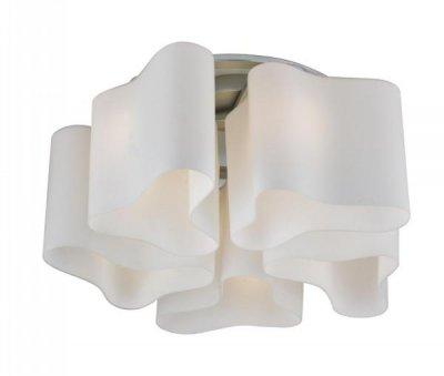 Люстра потолочная St luce SL118.502.05Потолочные<br>Касаемо коллекции модели St luce SL118.502.05 хотелось бы отметить основные моменты: Дизайнерские плафоны люстр коллекции Onde 2 выглядят изящно и эксклюзивно. Эти светильники будут отлично смотреться и в интерьере модерн, и в стиле хай-тек. Основание светильников изготовлено из белого матового стекла вручную. Трехлопастная форма каждого из них оригинальна и неповторима.<br><br>Установка на натяжной потолок: Ограничено<br>S освещ. до, м2: 20<br>Крепление: Планка<br>Тип лампы: накаливания / энергосбережения / LED-светодиодная<br>Тип цоколя: E27<br>Количество ламп: 5<br>Ширина, мм: 520<br>MAX мощность ламп, Вт: 60<br>Диаметр, мм мм: 520<br>Длина, мм: 520<br>Высота, мм: 250<br>Поверхность арматуры: матовая<br>Оттенок (цвет): белый<br>Цвет арматуры: серый