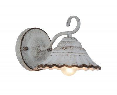 Светильник настенный бра St luce SL257.501.01Лофт<br>Если Вы настроены купить светильник модели SL25750101, то обратите внимание: Светильники коллекции Grange погружают нас в атмосферу старинного бального зала, где в быстром вальсе кружатся дамы в пышных белых платьях. Дизайнерам удалось придать моделям эффект состаренности посредством окрашивание деталей металлического основания античным белым цветом с имитацией протертостей.Плафоны светильников, напоминающие по форме кринолины барышень, также выполнены из металла. Лёгкая потертость краски по всей площади люстры создаёт эффект старины, а коричневая кромка на плафонах добавляет облику светильника праздничность и торжественность.<br><br>Крепление: на планку<br>Тип лампы: накаливания / энергосбережения / LED-светодиодная<br>Тип цоколя: E27<br>Количество ламп: 1<br>Ширина, мм: 170<br>MAX мощность ламп, Вт: 60<br>Расстояние от стены, мм: 250<br>Высота, мм: 150<br>Поверхность арматуры: матовая<br>Цвет арматуры: белый