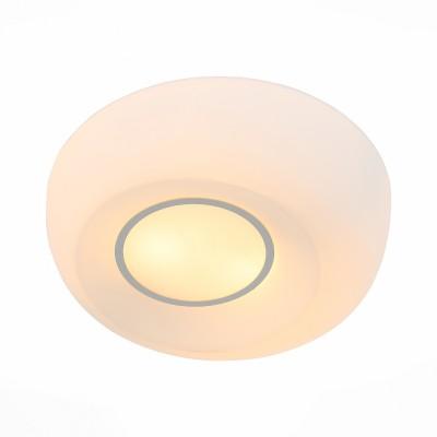 Светильник настенно-потолочный St luce SL467.502.02Круглые<br>Ванная комната - это помещение с повышенной температурой и влажностью, поэтому специалисты рекомендуют устанавливать там влагозащитные светильники и быть уверенными в том, что они прослужат долго и безопасно. Данная практика стала повсеместной у европейских пользователей. Светильники для ванных комнат коллекции  Pasticca имеют степень влагозащиты IP44. Плафон выполнен из белого матового стекла и окантовки из прозрачного стекла.<br><br>Тип лампы: Накаливания / энергосбережения / светодиодная<br>Тип цоколя: E27<br>Цвет арматуры: белый<br>Количество ламп: 2<br>Диаметр, мм мм: 330<br>Высота, мм: 90<br>MAX мощность ламп, Вт: 60