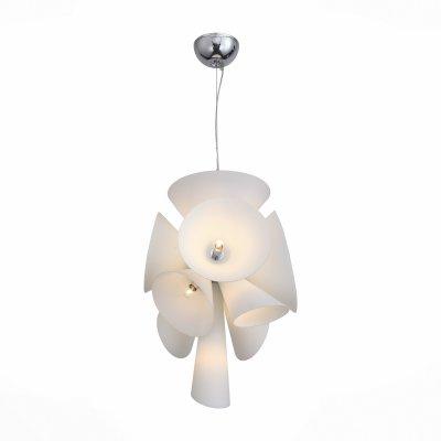 Светильник St Luce SL474.503.09Подвесные<br>Если Вы настроены купить светильник модели SL47450309, то обратите внимание: <br>Завораживающе выглядит светильник коллекции Imbuto с необычным строением плафона. Кажется, что свет укутан в мягкие сочные цветки антуриума, нежные и утонченные. Эти люстры -прекрасный образец стремительно развивающегося стиля биотек в оформлении интерьеров. Природные формы плафонов из белого матового стекла и металлические основания ,также окрашенные в белый цвет ,воплотились в урбанистическом образе светильников Imbuto. Эти модели станут оригинальным акцентом помещений , оформленных в разнообразных современных стилях.<br><br>Установка на натяжной потолок: Да<br>S освещ. до, м2: 27<br>Тип цоколя: E14<br>Количество ламп: 9<br>MAX мощность ламп, Вт: 60<br>Диаметр, мм мм: 500<br>Высота, мм: 800 - 1400