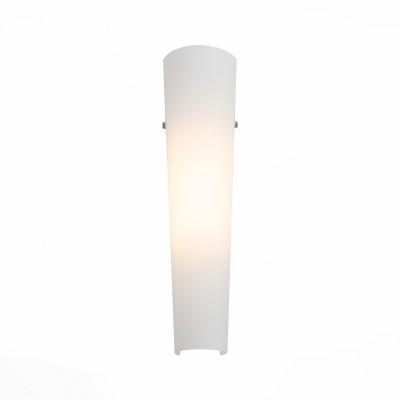 Светильник настенный St luce SL508.501.01Современные<br>Ванная комната - это помещение с повышенной температурой и влажностью, поэтому специалисты рекомендуют устанавливать там влагозащитные светильники и быть уверенными в том, что они прослужат долго и безопасно. Данная практика стала повсеместной у европейских пользователей. Светильники для ванных комнат коллекции  Pasticca имеют степень влагозащиты IP44. Плафон выполнен из белого матового стекла и окантовки из прозрачного стекла.<br><br>Цветовая t, К: 4000<br>Тип лампы: LED<br>Тип цоколя: LED<br>Цвет арматуры: белый<br>Количество ламп: 1<br>Ширина, мм: 105<br>Расстояние от стены, мм: 65<br>Высота, мм: 430<br>MAX мощность ламп, Вт: 8