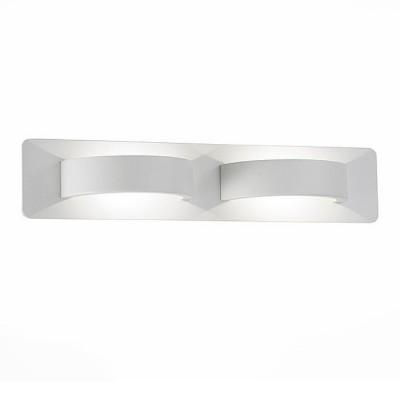 Светильник St Luce SL593.501.02Хай-тек<br>В интернет-магазине «Светодом» представлен широкий выбор настенных бра по привлекательной цене. Это качественные товары от популярных мировых производителей. Благодаря большому ассортименту Вы обязательно подберете под свой интерьер наиболее подходящий вариант. <br>Оригинальное настенное бра St luce SL593.501.02 можно использовать для освещения не только гостиной, но и прихожей или спальни. Модель выполнена из современных материалов, поэтому прослужит на протяжении долгого времени. Обратите внимание на технические характеристики, чтобы сделать правильный выбор. <br>Чтобы купить настенное бра St luce SL593.501.02 в нашем интернет-магазине, воспользуйтесь «Корзиной» или позвоните менеджерам компании «Светодом» по указанным на сайте номерам. Мы доставляем заказы по Москве, Екатеринбургу и другим российским городам.<br><br>Цветовая t, К: 4000<br>Тип лампы: LED<br>Ширина, мм: 340<br>MAX мощность ламп, Вт: 6<br>Высота, мм: 70