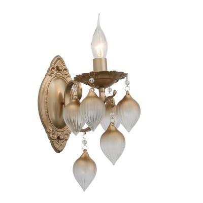 Светильник бра St Luce SL659.301.01классические бра<br>Люстра коллекции Frutti создана для современных интерьеров, выдержанных в легкой светлой цветовой гамме и оформленных в стиле модерн, арт- деко или эклектика. Металлическое основание этой люстры окрашено в цвет шампань или золото, а гирлянды невесомых на вид стеклянных украшений напоминающих экзотические плоды , выполнены из выдувного стекла. Нежный и роскошный образ люстры гармонично  дополняют нити хрустальных бусин, опоясывающих детали основания.<br><br>Тип лампы: Накаливания / энергосбережения / светодиодная<br>Тип цоколя: E14<br>Цвет арматуры: золотой<br>Количество ламп: 1<br>Ширина, мм: 120<br>Расстояние от стены, мм: 330<br>Высота, мм: 260<br>MAX мощность ламп, Вт: 40