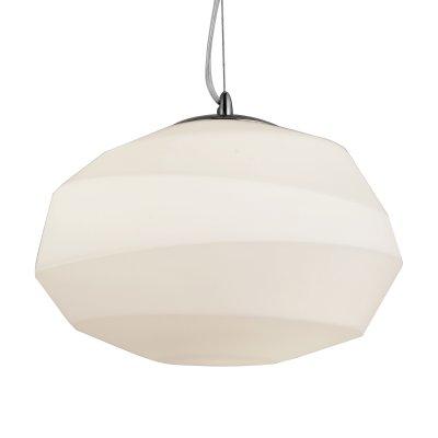 Светильник подвесной St luce SL706.503.01Одиночные<br>Если Вы настроены купить светильник модели SL70650301, то обратите внимание: Светильники коллекции Zuca - это сочетание дизайнерского креатива и функциональности. Такая люстра украсит апартаменты в стиле современной классики, минимализма или фьюжн. Интерьер делают детали, и именно таким оригинальным элементом комнаты могут стать люстры коллекции Zuca. Асимметричный стеклянный плафон выглядит стильно и актуально. Такое оригинальное исполнение понравится ценителям смелых решений и неординарного подхода к оформлению интерьера.<br><br>S освещ. до, м2: 3<br>Крепление: на планку<br>Тип лампы: накаливания / энергосбережения / LED-светодиодная<br>Тип цоколя: E27<br>Цвет арматуры: серебристый хром<br>Количество ламп: 1<br>Диаметр, мм мм: 320<br>Длина цепи/провода, мм: 1100<br>Высота, мм: 240<br>Поверхность арматуры: глянцевая<br>Оттенок (цвет): белый<br>MAX мощность ламп, Вт: 60