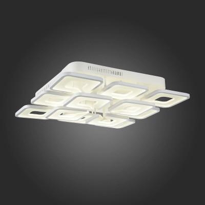Светильник St Luce SL908.502.12Потолочные<br>Если Вы настроены купить светильник модели SL90850212, то обратите внимание: Глядя на люстры коллекции Compiuto, начинаешь по-настоящему осознавать, что пространство трёхмерно. Поддерживающие нити столь тонки, что кажется: вся композиция просто парит воздухе.<br>Идеальная геометрия рассеивателей, сочетание белого акрила и хромированного металла, сглаженные углы - все это придаёт ощущение упорядоченности и умиротворённости. Люстры из коллекции Compiuto обеспечивают мягкое равномерное освещение большого пространства, подходят для помещений с высокими потолками, могут использоваться в офисах и общественных организациях.<br><br>Установка на натяжной потолок: Да<br>S освещ. до, м2: 85<br>Цветовая t, К: 3000<br>Тип лампы: LED<br>Тип цоколя: LED<br>Ширина, мм: 720<br>Длина, мм: 720<br>Высота, мм: 150<br>MAX мощность ламп, Вт: 212