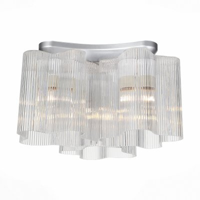 Светильник St Luce SLE116.102.03Потолочные<br>Если Вы настроены купить светильник модели SLE11610203, то обратите внимание: Ценителям оригинальных форм и красоты в области освещения, а также необычных дизайнерских решений понравится люстра коллекции Aria . Форма светильника позволяет сэкономить пространство, но в то же время будет абсолютно по-новому представлять интерьер. Новаторские технологии, оригинальность, функциональность и качество - весомые аргументы. Основание светильника выполнено из металла и окрашено в цвет хрома. Плафоны необычной формы изготовлены из декоративного полупрозрачного стекла вручную ,каждый из них неповторим.<br><br>Установка на натяжной потолок: Ограничено<br>S освещ. до, м2: 9<br>Тип лампы: Накаливания / энергосбережения / светодиодная<br>Тип цоколя: E27<br>Количество ламп: 3<br>MAX мощность ламп, Вт: 60<br>Диаметр, мм мм: 340<br>Высота, мм: 220