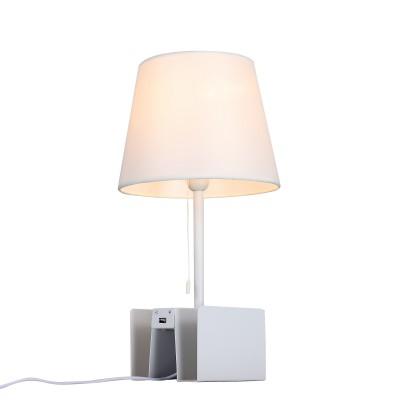 Настольная лампа St luce SLE301.504.01Современные<br>Торшеры и настольные лампы коллекции Portuno созданы для эффектного дополнения современных дизайн-концепций и создания выразительного интерьерного освещения. Фиксированная высота металлической конструкции обеспечивает широкие возможности применения светильника для локального освещения в зонах релаксации. Они прекрасно дополняют интерьеры комнат, пространства лоджий и террас. Основания моделей имеют лаконичную геометрическую форму и окрашены в белый, серый или черный цвет. Абажур выполнен из текстиля. Изюминкой этих моделей стало наличие USB порта, что расширяет возможности их применения.  Строгая лаконичная конструкция моделей Portuno дополнит интерьеры, оформленные в стиле техно, минимализм,хай тек или даже модерн.<br><br>Тип лампы: накаливания / энергосбережения / LED-светодиодная<br>Тип цоколя: E14<br>Цвет арматуры: белый<br>Количество ламп: 1<br>Диаметр, мм мм: 150<br>Высота, мм: 500<br>Поверхность арматуры: матовая<br>MAX мощность ламп, Вт: 40
