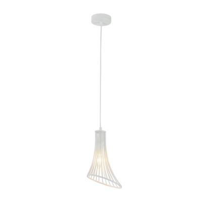 Люстра Maytoni T062-PL-16-W Ginger and FredОдиночные<br><br><br>Тип лампы: Накаливания / энергосбережения / светодиодная<br>Тип цоколя: E14<br>Цвет арматуры: Белый<br>Количество ламп: 1<br>Высота полная, мм: 2260<br>Высота, мм: 260<br>MAX мощность ламп, Вт: 40